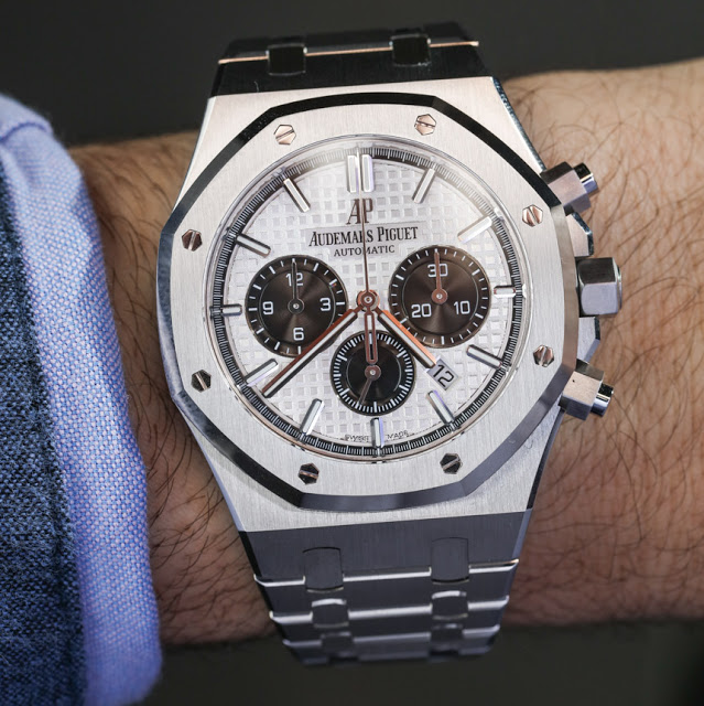 Audemars-Piguet-Royal-Oak-Chronograph-aBlogtoWatch-01